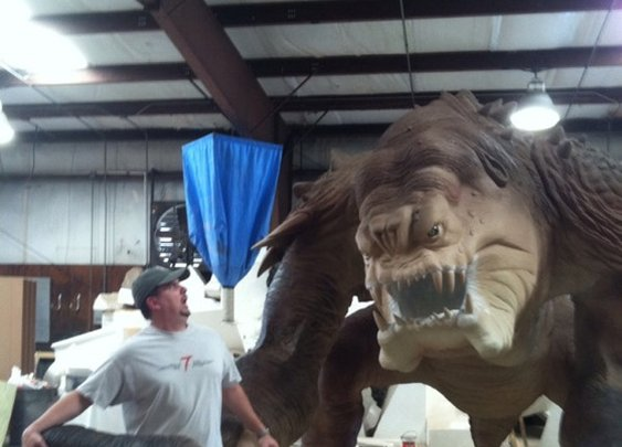 The 501st Legion Built a Life-Size Rancor Statue