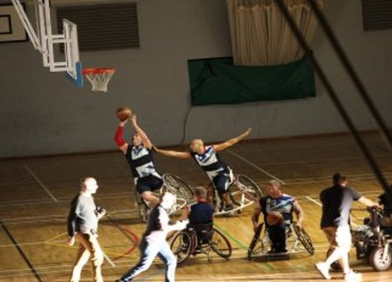 Road to London 2012: Paralympics Extra - Features - Meet The Superhumans - Video Trailer - Channel 4