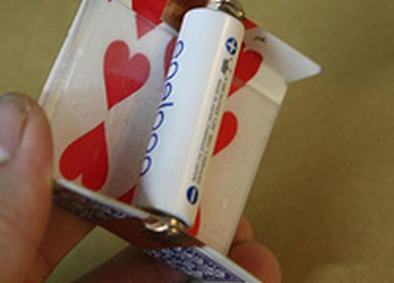 Make a Solar-Powered Battery Charger Out of a Playing Card
