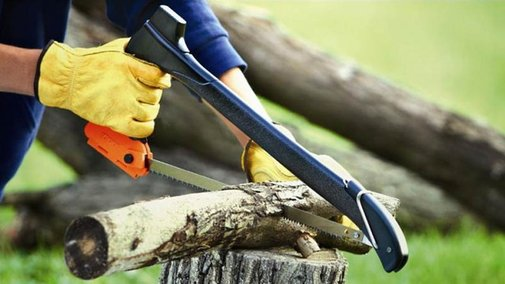 Double-Duty Axe Saw Turns Forests Into Firewood