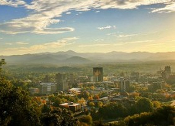 40 Hours in Asheville | Best Local Eats and Drinks | The Trot Line