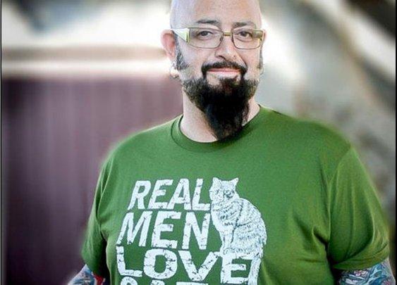 Jackson Galaxy   Real Men Love Cats  Mens tshirt  by rctees