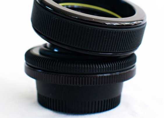 Lensbaby - the coolest camera lens that bends and moves!