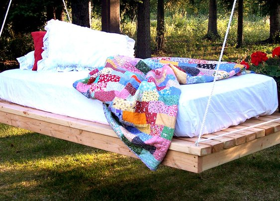 Easy DIY Hanging Daybed : Outdoors : Home & Garden Television