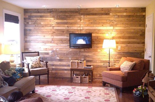 DIY Scrap Wood Pallet Wall    Mom and Her Drill   | Apartment Therapy