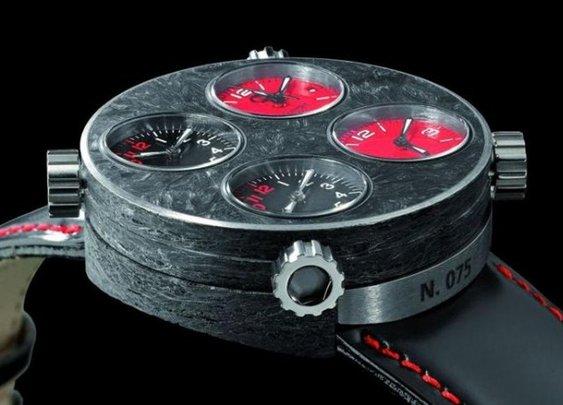 Quattro Valvole Carbon Fiber Watch