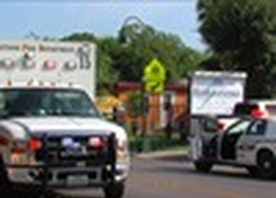 Armed bystander stops stabbing outside school|WOAI: San Antonio News