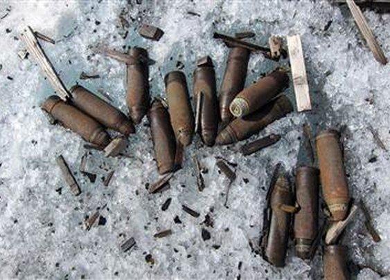 Melting glacier reveals World War I ammunition