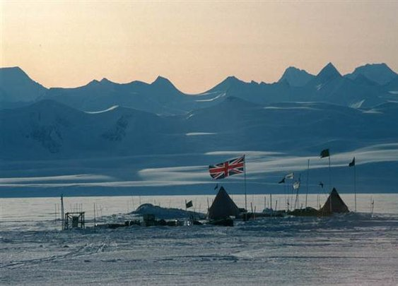 Quest to drill to Antarctic lake to begin