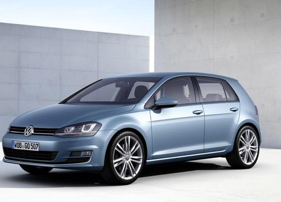Longer, lower, wider, lighter - this is the look of the next-gen 2014 Volkswagen Golf.
