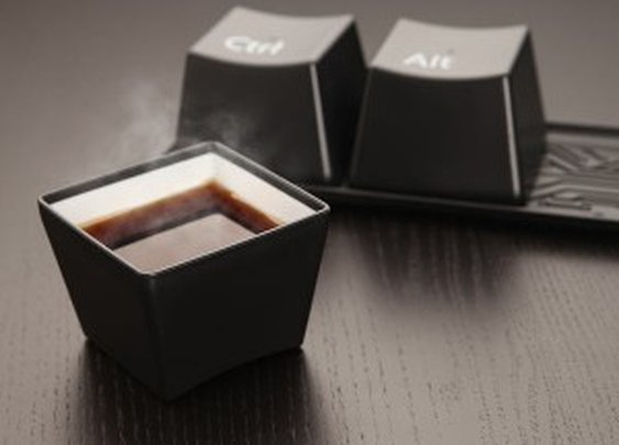 Ctrl-Alt-Delete Cup Set: Your Fave Keyboard Keys | NomNomGadgets.com