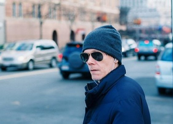 Google Adds Six Degrees of Kevin Bacon to their search