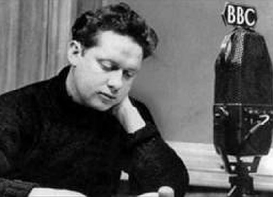 Dylan Thomas recites his poem, 'Do Not Go Gentle into that Good Night' - YouTube