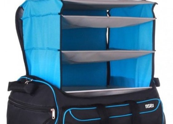 Rise & Hang duffel bag transforms into a hanging set of shelves