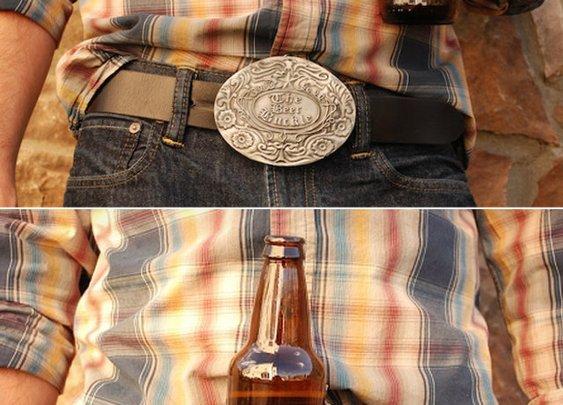 BevBuckle: Finally, A Decent Beer-Holding Belt Buckle | Geekologie