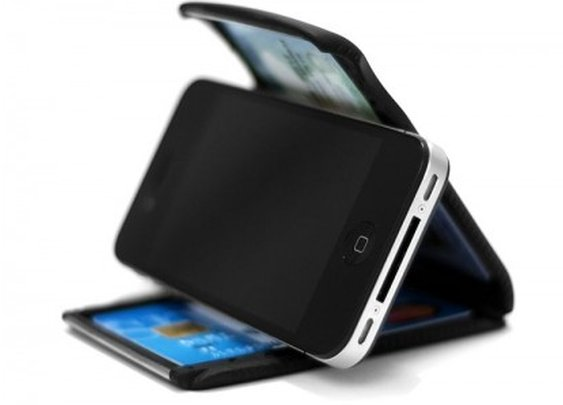 Cobra Wallet doubles as a smartphone stand