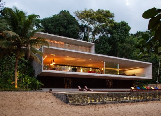 It's the Paraty House but it should be called the Party House