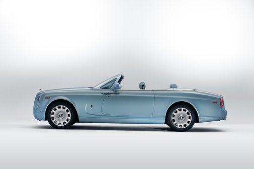 Inspired by Art Deco: Bespoke Phantom Drophead Coupé.