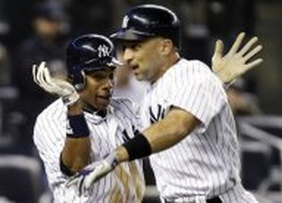 Raul Ibanez may miss the birth of his child because he keeps hitting the shit out of the ball « The Carper