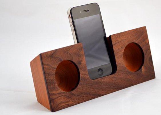 Koostik: Stylish Real Wood Ipod Docks - WHOA