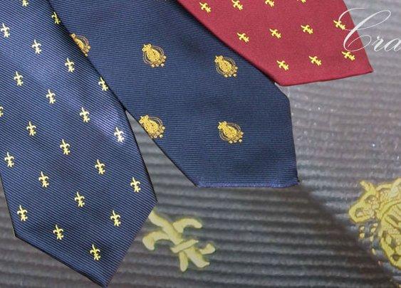 Bourbonic ties