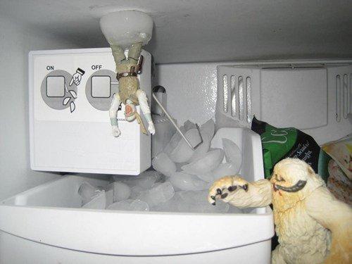 Empire Strikes Back Scene...recreated in the freezer