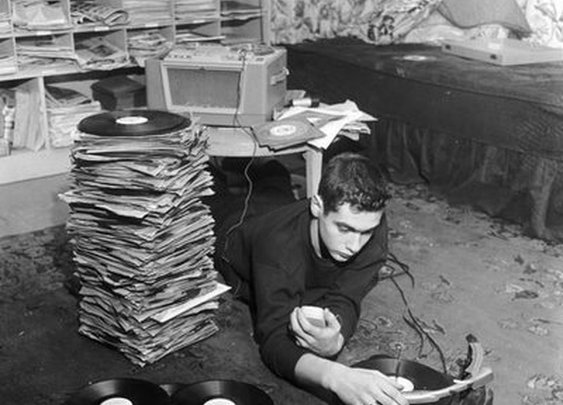 Let the Vinyl Spin: My Journey Into Record Collecting | The Art of Manliness