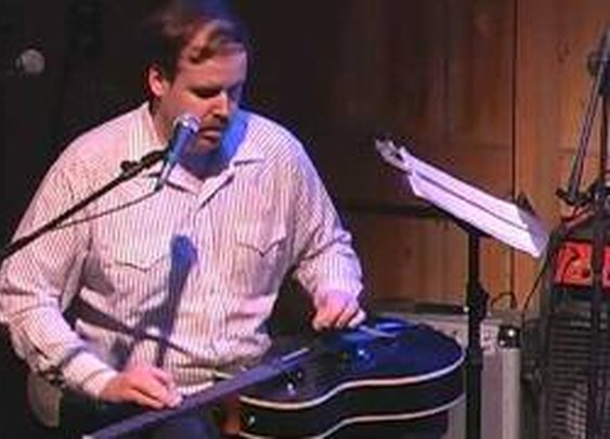 """Rory Hoffman plays """"Autumn Leaves"""" at Fishstock"""