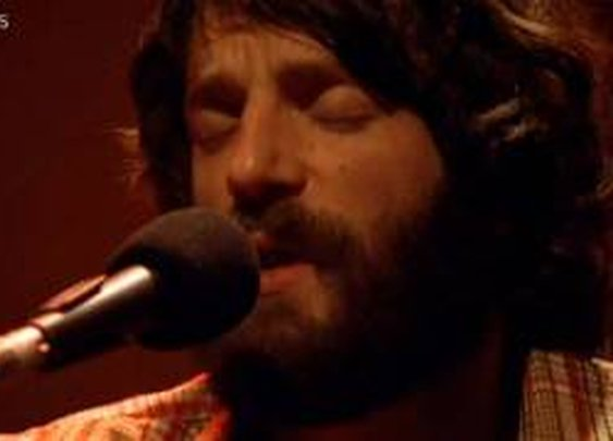 Ray LaMontagne - Shelter [Live] - YouTube