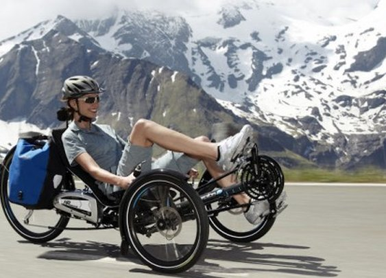 Scorpion fs 26 S-Pedelec folding electric trike goes up to 28 mph (45 km/h)