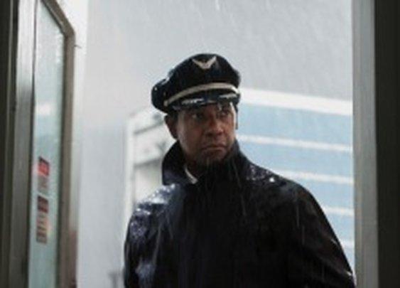 Denzel Washington in 'Flight' Movie Review: A Crash Landing That Soars | Entertainment | TIME.com