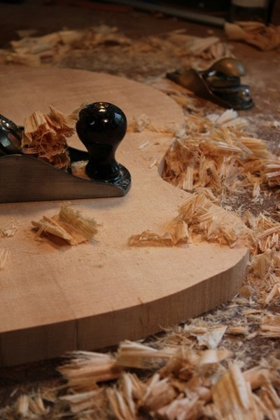 So You Want My Job: Luthier (Guitar Maker) | The Art of Manliness