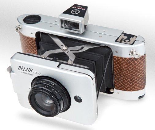 Belair X 6-12 - New medium-form camera from LOMO