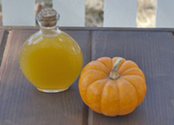 DIY Pumpkin Liqueur | Serious Eats : Recipes