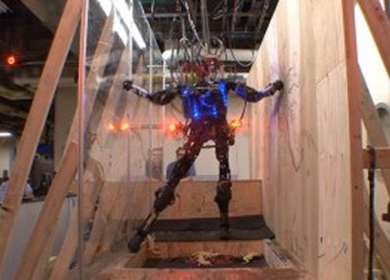 Boston Dynamics Human-Like AtlasProto Robot Defeats Obstacles