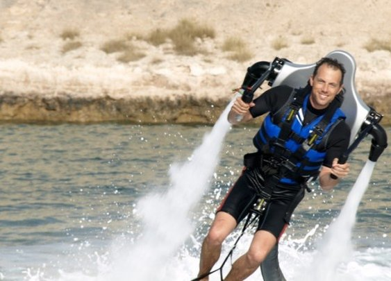 Jetlev R200 – Water Powered Jetpack for Personal Flight - Unfinished Man