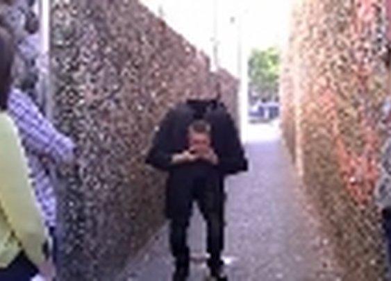 Watching: Magician sneezes his head off in Kim's Picks @ TVKim
