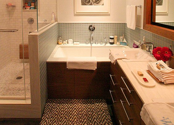 Dark Wood & Pale Glass Tile in the Bath  Roommarks | Apartment Therapy