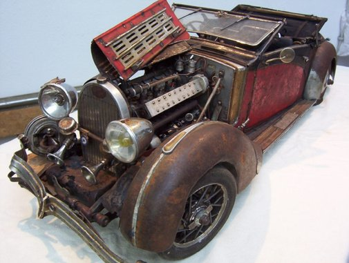 Photos of detailed classic car models made from trash (59 photos)