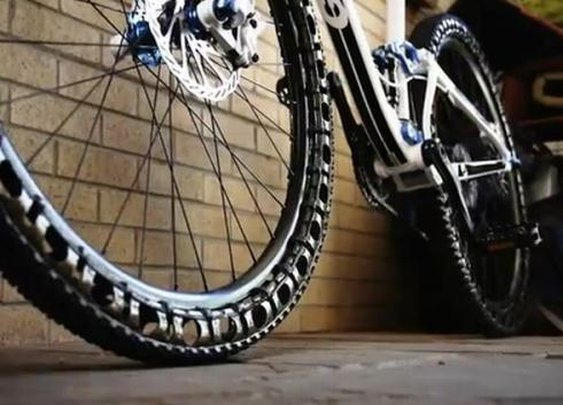 Airless wheels for mountain bikes