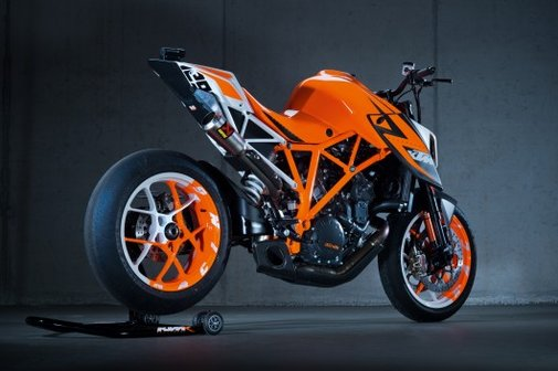 KTM's 1290 Superduke R prototype – the best power-to-weight ratio ever?