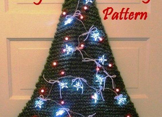 Lighted Christmas Tree Door Decoration from LaStade