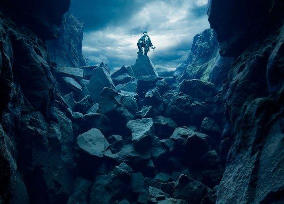 Deep water diving + Alpine mountaineering  = Incredible art