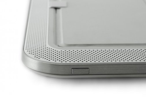 ORA iPad Sound System adds eight speakers to your iPad