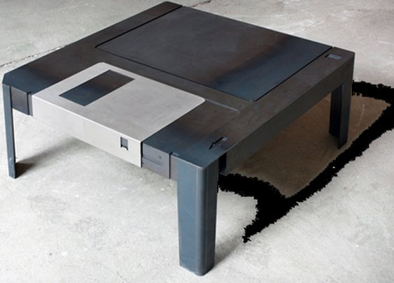 Floppy Table by Neulant van Exel