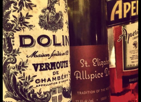 Vermouth Cocktails Are the Bees Knees