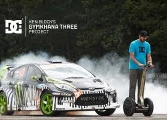 DC SHOES: Ken Block's Gymkhana THREE, Part 2; Ultimate Playground; l'Autodrome, France - YouTube