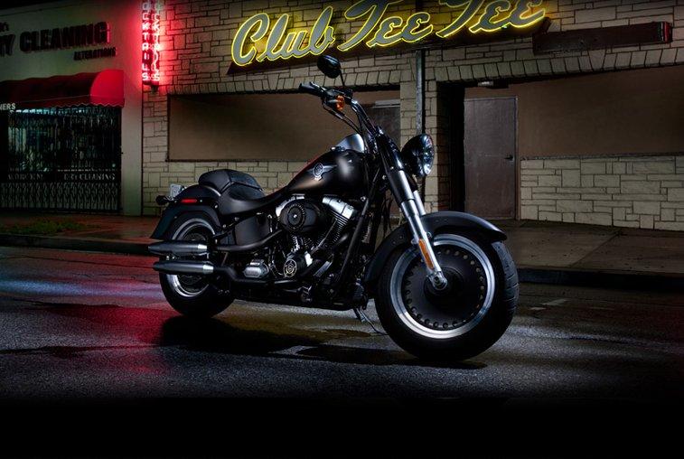 FLSTFB Fat Boy® Lo Softail   Custom Motorcycles   Harley-Davidson USA