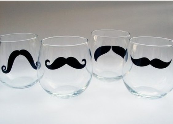 Mustache stemless wine glasses : For distinguished gentleman