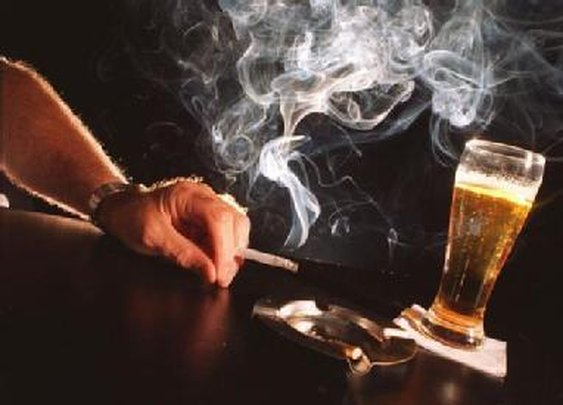 Cigarettes Give Harsher Hangovers - The Good Guys Corner